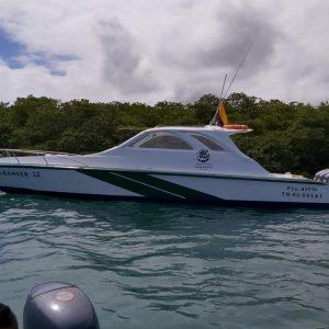 WildAid  apoya a  la Dirección del Parque Nacional Galápagos en el Mantenimiento de su flota de patrullaje.