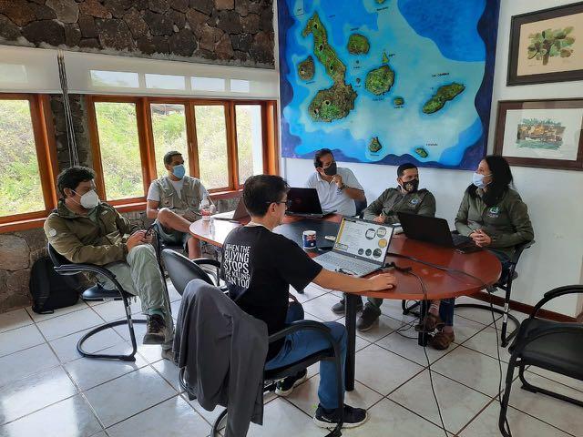 Direccción del  Parque Nacional Galápagos promueve proyecto de fortalecimiento del Control y Vigilancia de las areas naturalres protegidas de Galápagos.