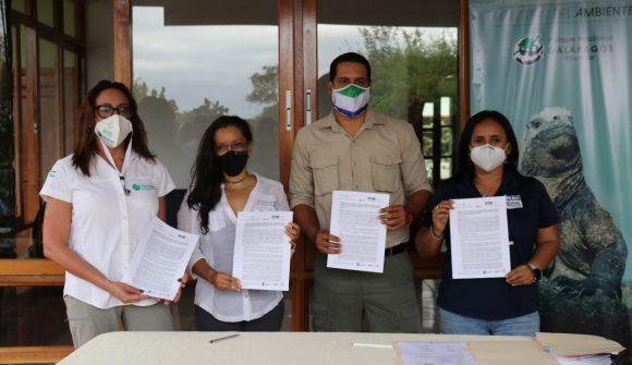 WildAid promueve firma de convenio con Dirección del Parque Nacional Galápagos, FIAS y Conservación Internacional para diseñar un  Fondo para la Reserva Marina de Galápagos
